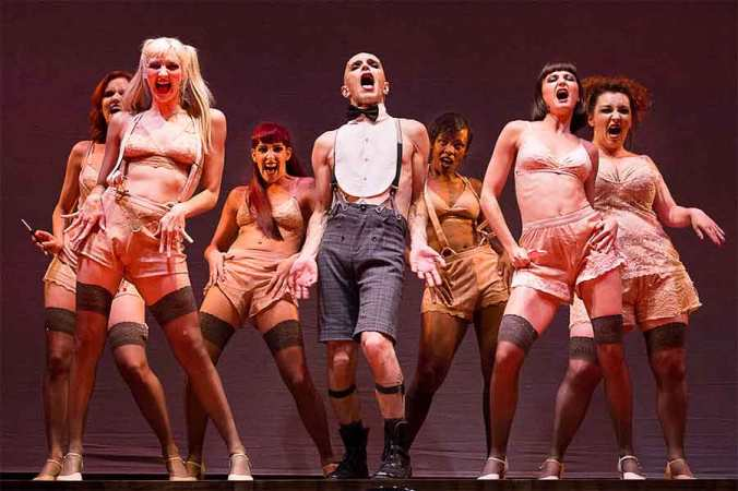 1-A-scene-from-Cabaret