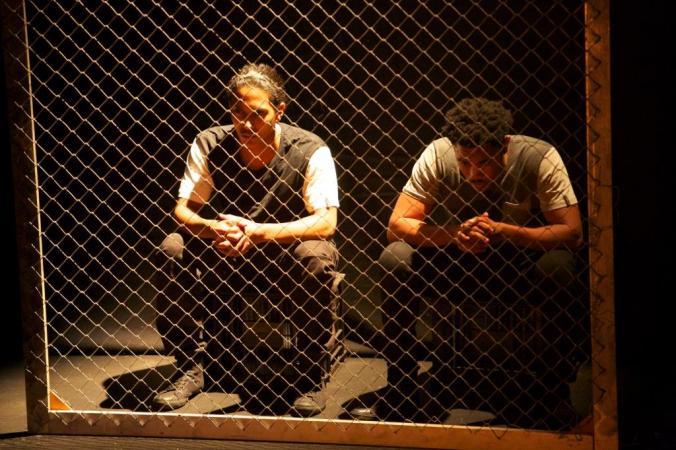 Daniel Richards and Gantane Kusch in 'Die Glas Ennie Draad'