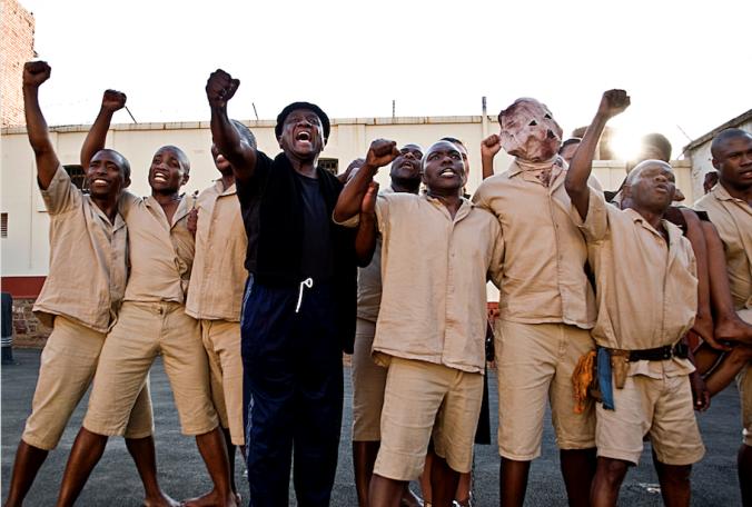 4640_ASINAMALI - Mbongeni Ngema and Actors